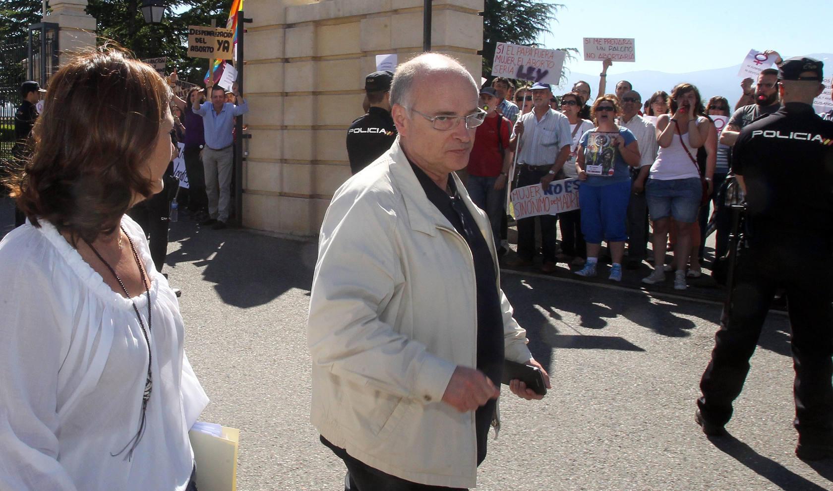 El foro de Derecho a Vivir detona las protestas de los grupos proabortistas