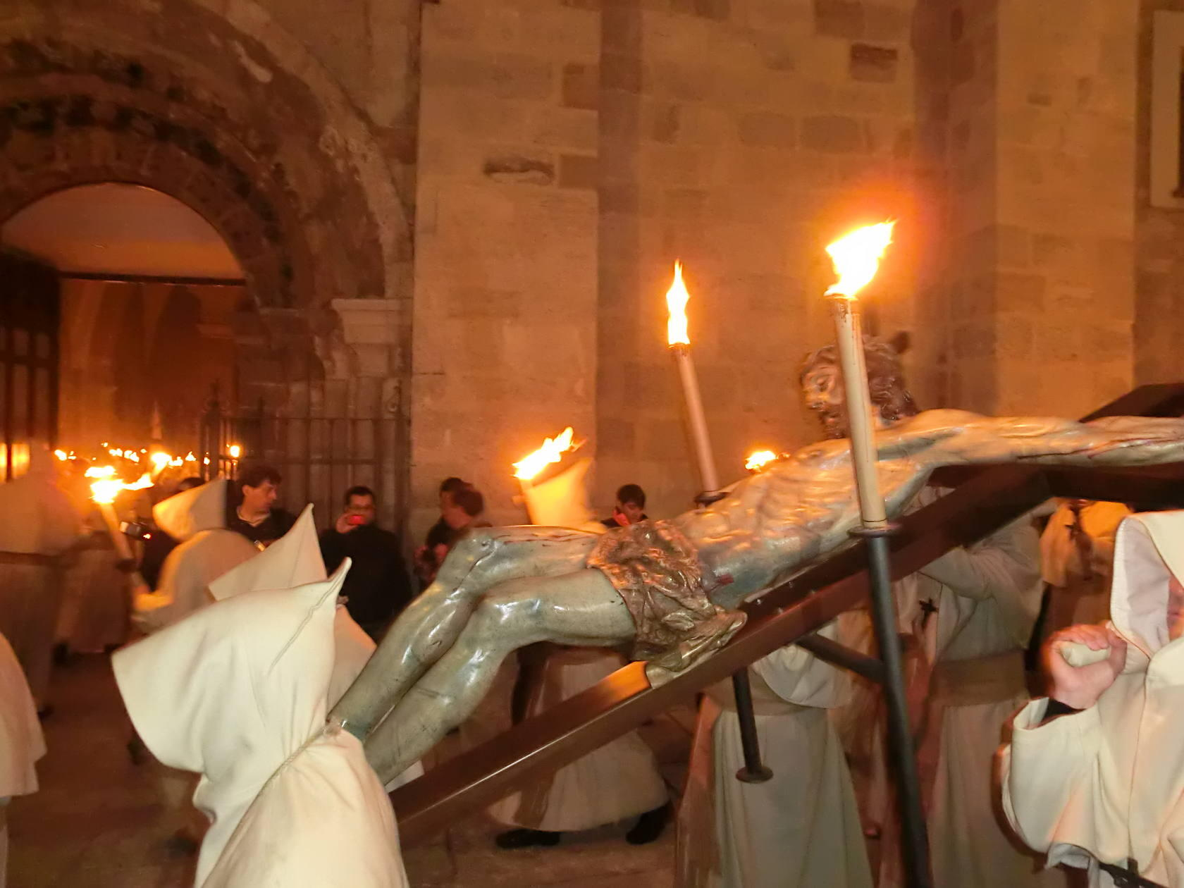 Resultado de imagen de hermandad penitencial del santisimo cristo de la buena muerte zamora