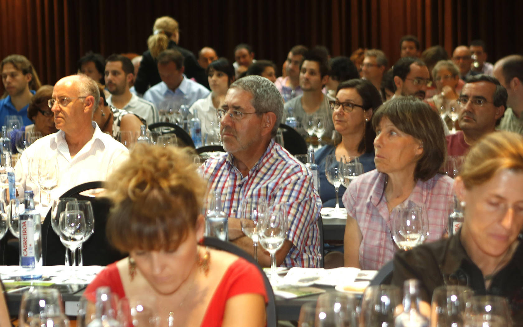 Cata de vinos de Javier Sanz en el hotel AC de Valladolid