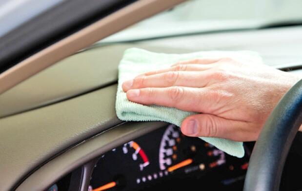 Lavado ecológico de coche a mano  19€