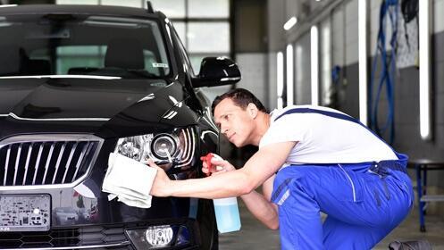 Lavado interior y exterior de coche a mano