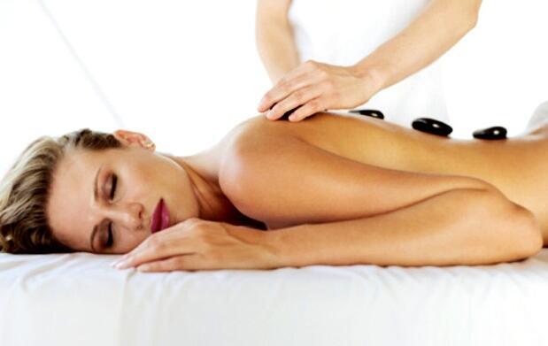 Masaje de cuerpo entero de 1 h por 15€