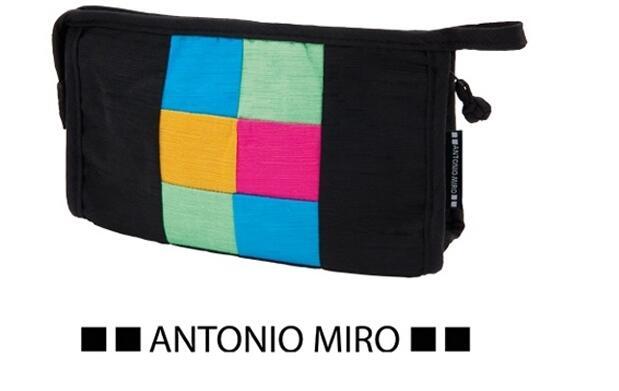 Neceser de viaje Antonio Miró por 6.90€