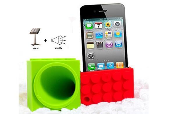 Soporte y amplificador para iPhone 10.90€