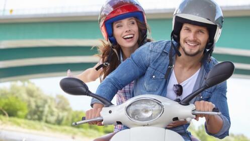 Aprovecha tu última oportunidad para sacar tu carnet de coche o moto este verano