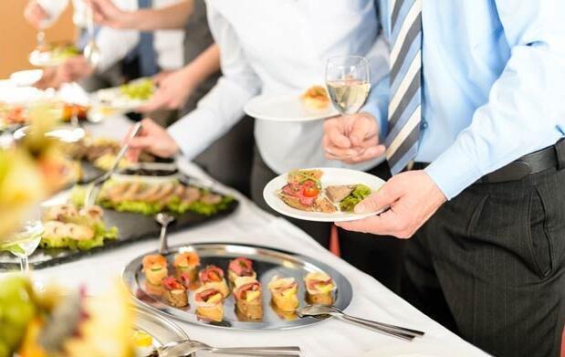 Catering para 12 personas por 29€