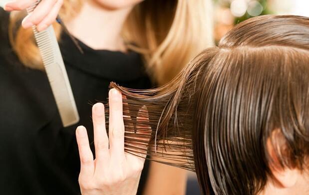 3 cortes de pelo para caballero 19€