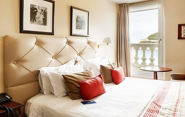 Noche de lujo en el Hotel de Londres****