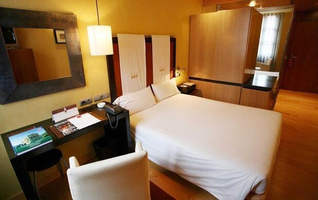 Noche romántica con spa para 2 por 79,90€