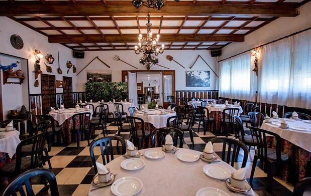 Puebla Sanabria para 2, noche y comida