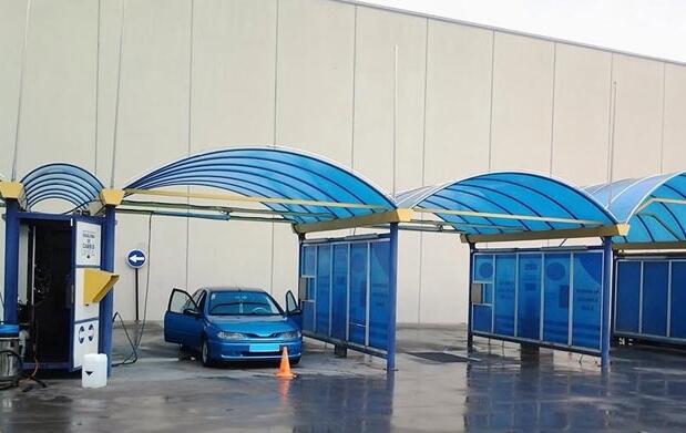Lavado interior-exterior coche a mano 12€
