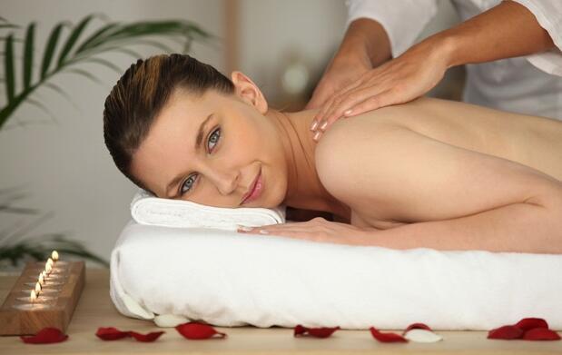 Masaje aromaterapia y aceites 14€