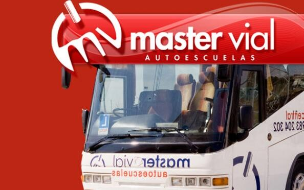 Consigue tu carnet para camión o autobús con prácticas