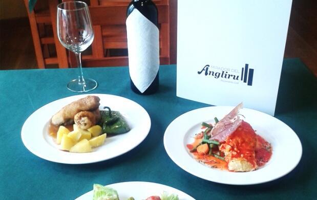 Alojamiento y cena para 2 en Angliru 49€
