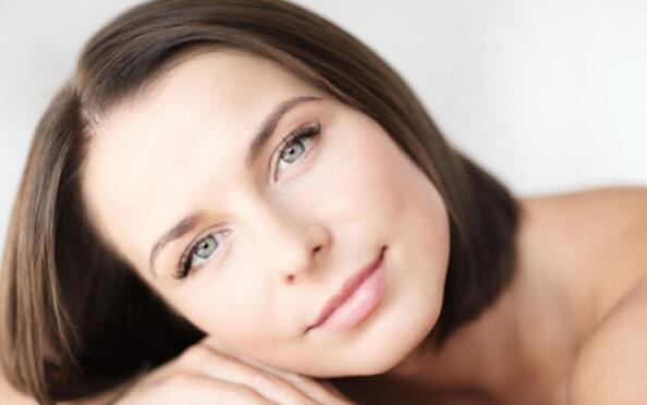 Sesión belleza: facial, masaje y manipedi