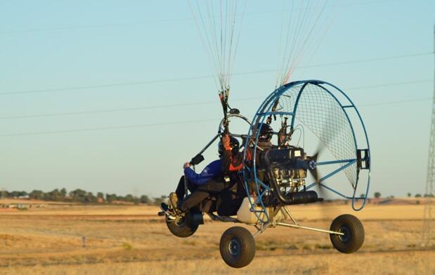 Experimenta la emoción de volar: parapente