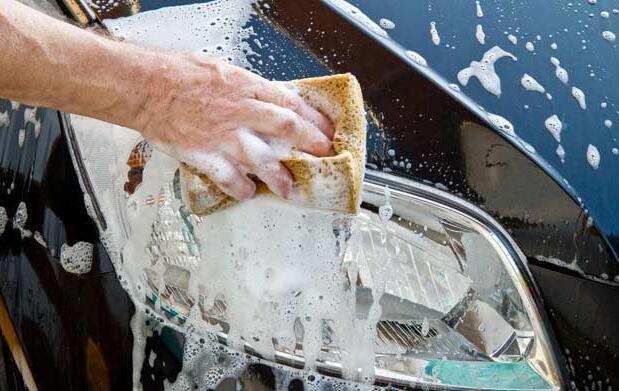 Lavado ecológico de coche a mano  21 €