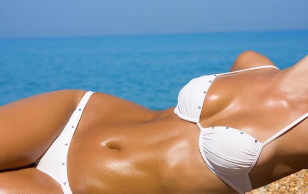 Broncea tu cuerpo con 10 sesiones de rayos uva