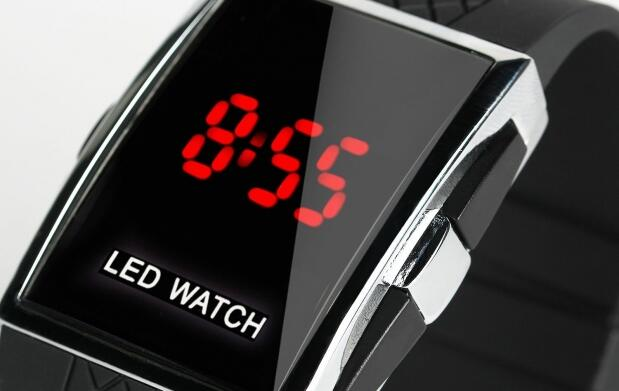 Reloj LED WATCH por 12€