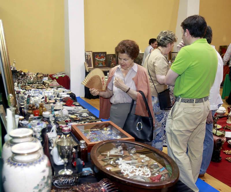 XI Feria de antigüedades, almoneda y coleccionismo del Camino de Santiago en Carrión de los Condes