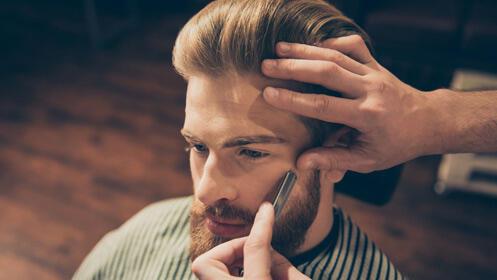 Oferta en peluquería de caballero, tres cortes 15,95€