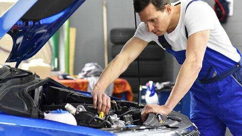 Oferta para el cambio de aceite y revisión del coche