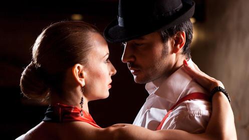 Aprende a bailar con este mes de clases para dos