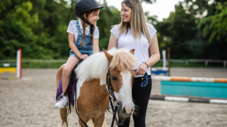 Descuento en clases de equitación o paseo en poni