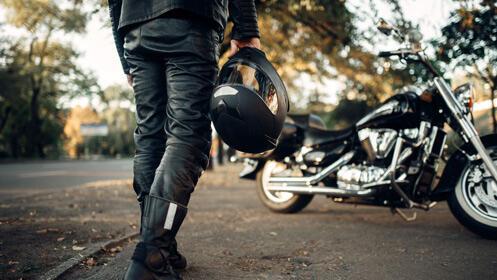 Finaliza el año con tu carné de coche o moto ¡con descuento!