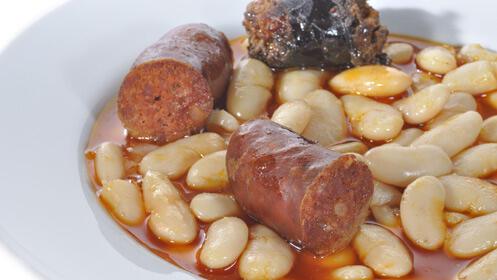 Celebramos el Aniversario del Centro Segoviano con un ¡gran menú para dos!