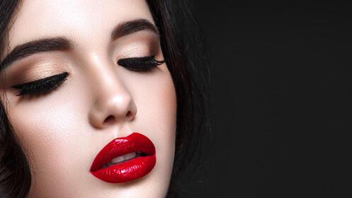 Curso presencial de maquillaje con un 70% de descuento