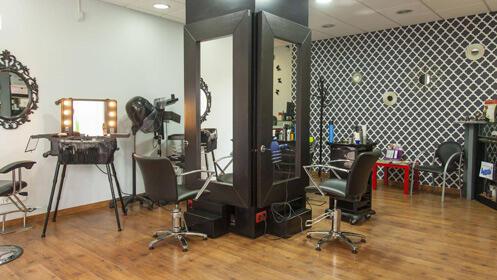 4 sesiones de peluquería con un 78% de descuento
