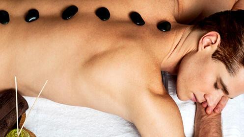 Un verano más relajado con este masaje con cuarzos