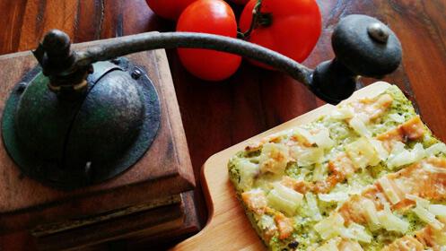 Pizza artesana y bebida para dos ¡masa ecológica!