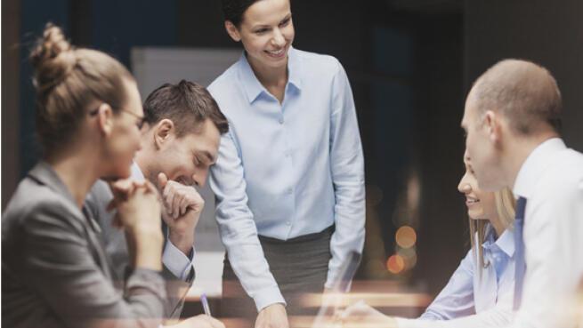 -97% en Máster o MBA a elección (Titulación Universitaria)