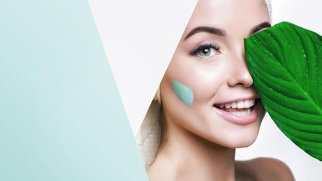 -71% de descuento limpieza facial y manicura semipermanente