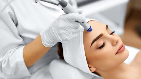 Exclusivo rejuvenecimiento facial con efecto lifting