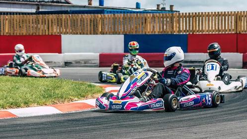 Velocidad y diversión con esta tanda de karting