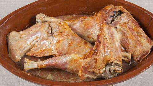 Menú castellano para dos con lechazo asado