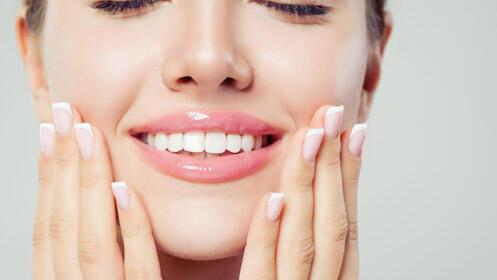 Mantén tu sonrisa sana y fuerte con esta limpieza